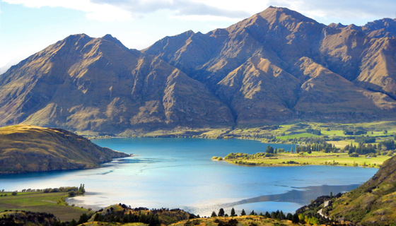 New Zealand Walking & Hiking Tour